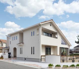 神戸の工務店 あんじゅホーム【施工事例】吹抜け越しに光、風、雲。空を楽しむ家